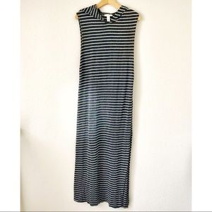 Forever 21 Hooded Maxi Dress